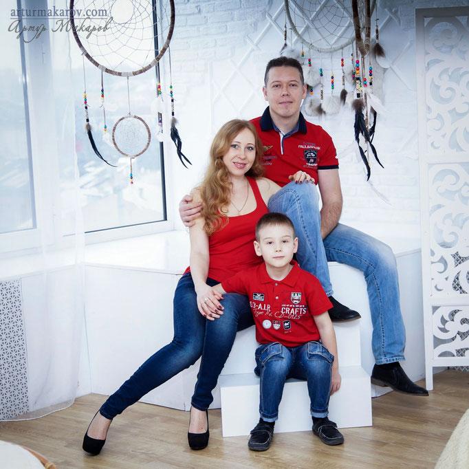 семейная фотосессия в студии Харькова