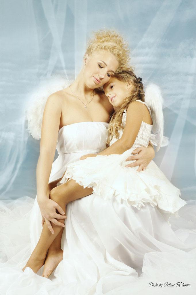 фото девочки с мамой в образе ангелочков