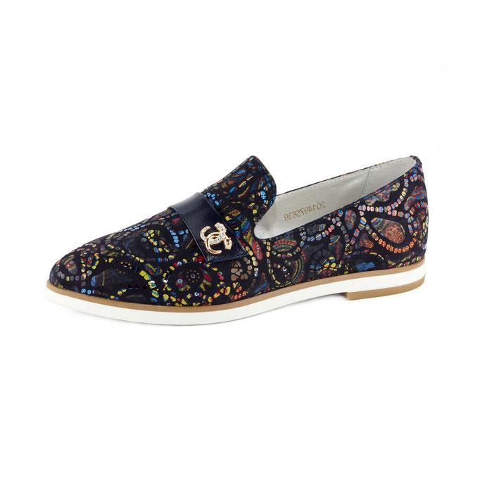 предметная рекламная съемка женской летней обуви в Харькове для каталогов интернет-магазинов
