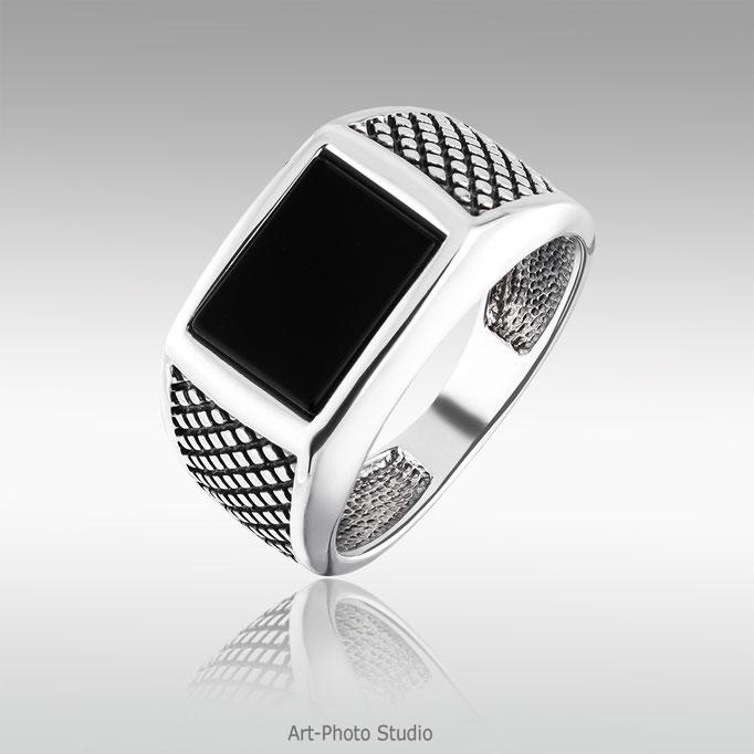 серебряное кольцо с ониксом - фото от Студии  Art-Photo-Studio