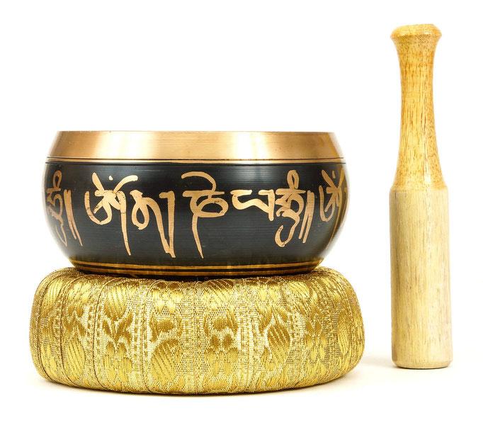 рекламная съемка для каталога - тибетская поющая чаша