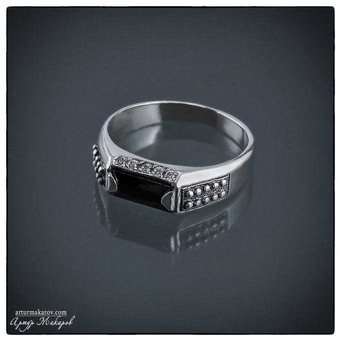 предметная съемка ювелирных украшений из серебра в Харькове - кольца