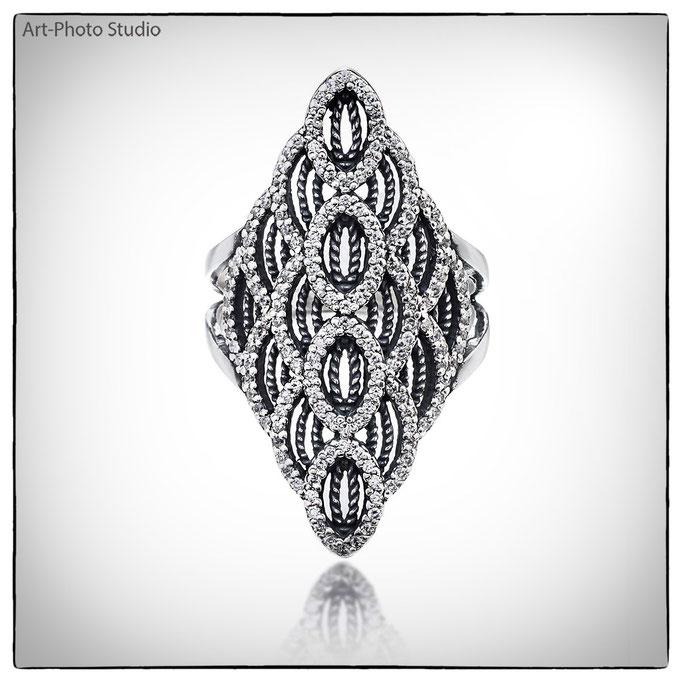 фото ювелирных украшений - серебряные кольца