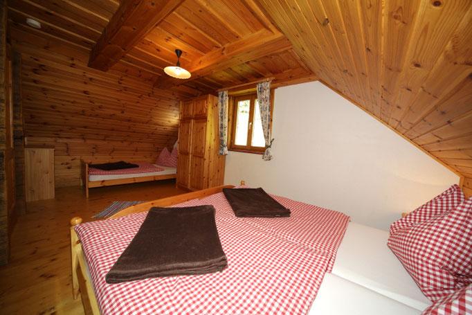 Fewo Talblick - großes Schlafzimmer für 3 Personen
