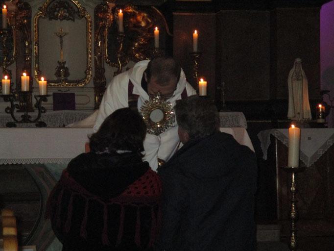 Einkehrnachmittag in Würflach - Eucharistischer Segen