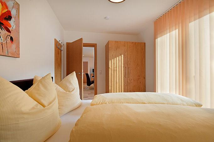 Schlafzimmer mit Bockspringbett