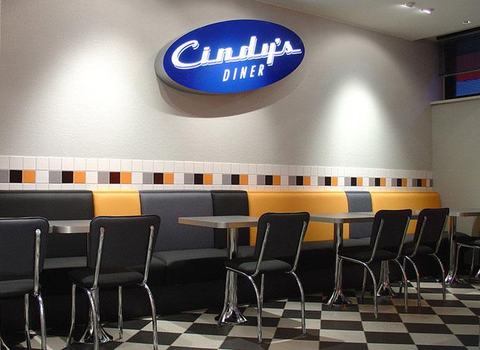 Cindy's Diner Flughafen Berlin Schönefeld