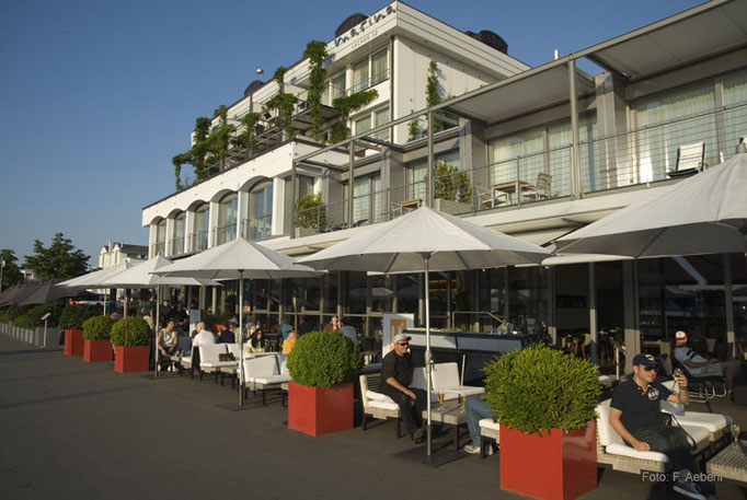 Lago Lounge, Marina Lachen