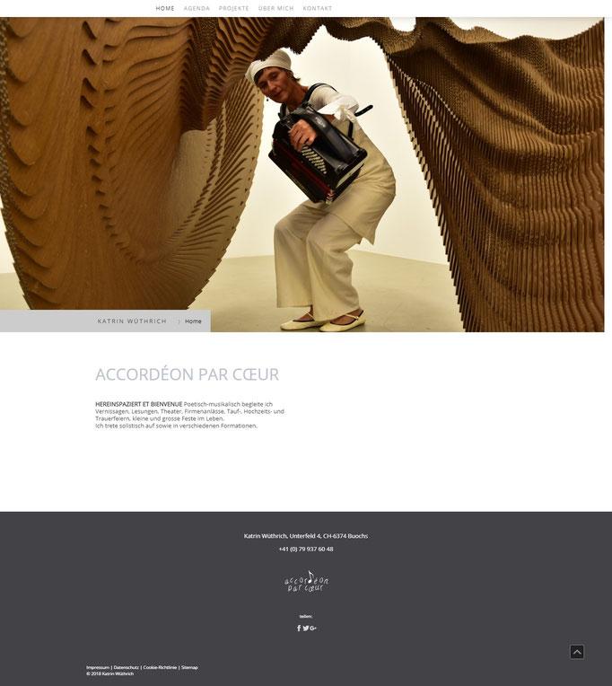 """Beispiel Jimdo Creator Website (Vorlage """"Rome"""")"""