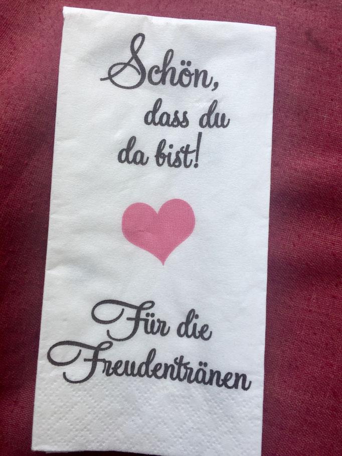 Hamburger Rederei,Hochzeitsrednerin Andrea Schumacher, Freie Trauung,Hochzeitsdekoration, Hochzeitsinspiration, Trauung outdoor