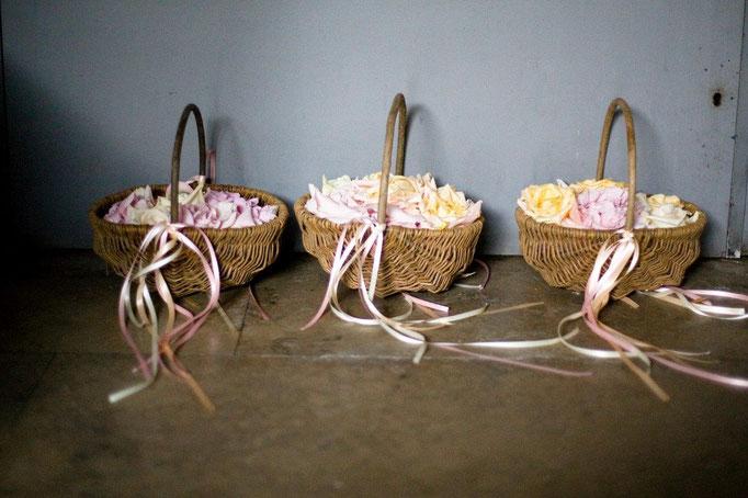 Hamburger Rederei, Hochzeitszeremonie, Landhochzeit, Hochzeit an der Elbe,  Hamburg Freie Trauung, Hochzeitsrednerin, Hochzeit Hamburg, Blumenschmuck, Hochzeitsdekoration