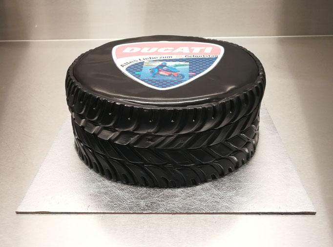 Reifen Torte