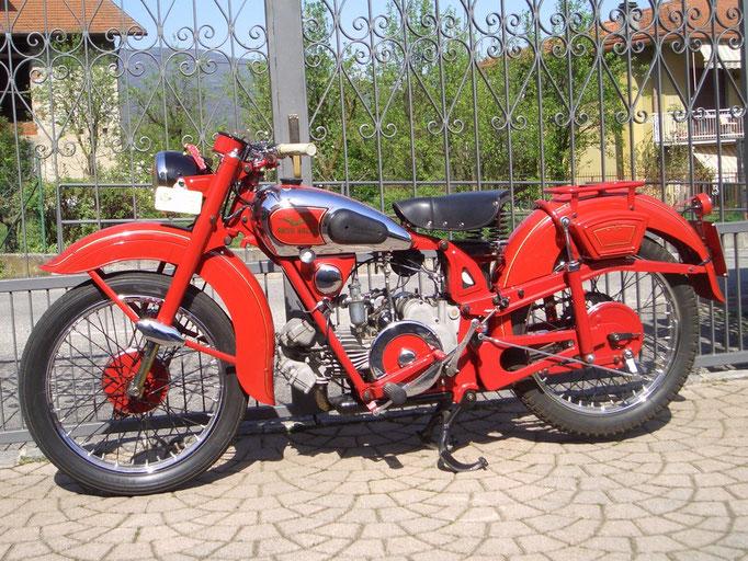 Moto Guzzi 250 Airone Turismo - 1951