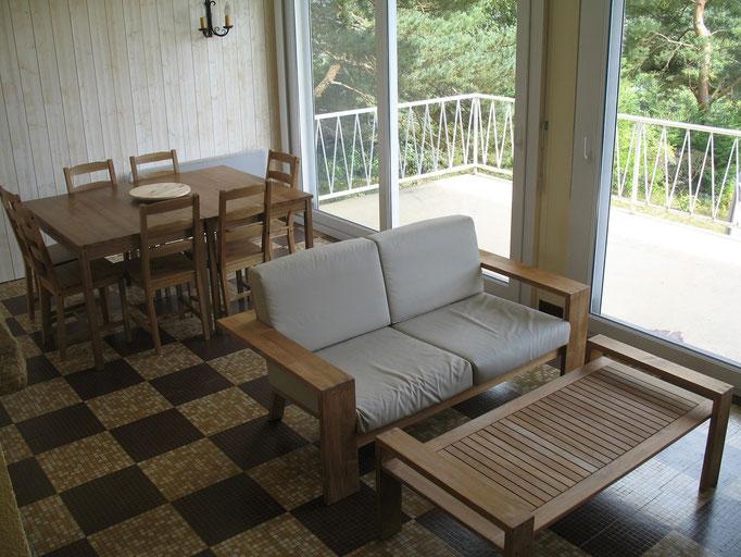 Salon et espace repas