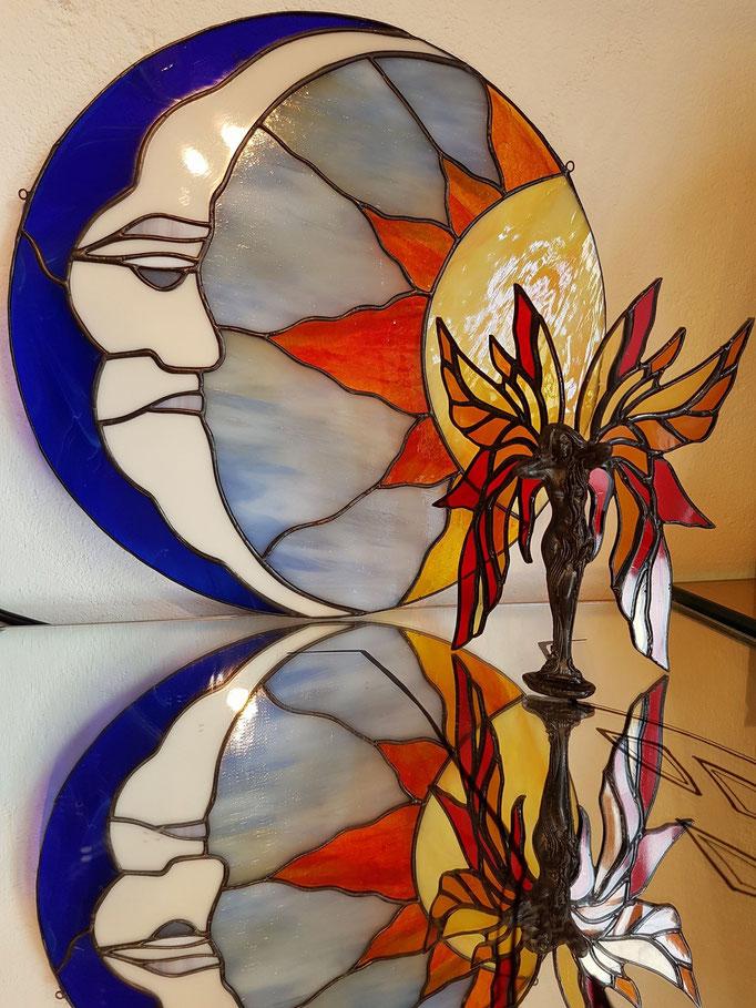 Glas in lood raamhanger Zon en Maan Met Figuur Ms Elan