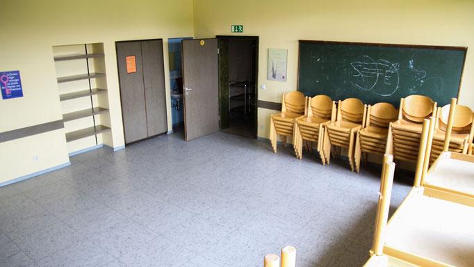 Ans Esszimmer anschließend befindet sich im Erdgeschoss ein Gruppen- / Tagungsraum für Gesprächs- und Spielrunden, Vorträgen, Präsentationen...