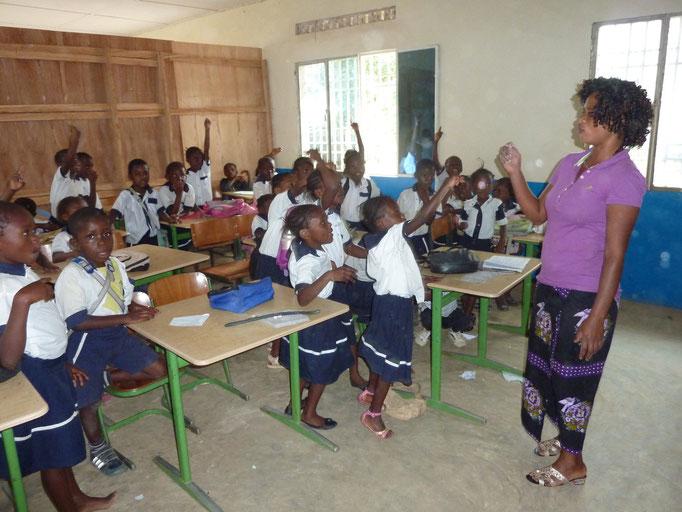 engagierte Schüler in der Tusikama-Schule