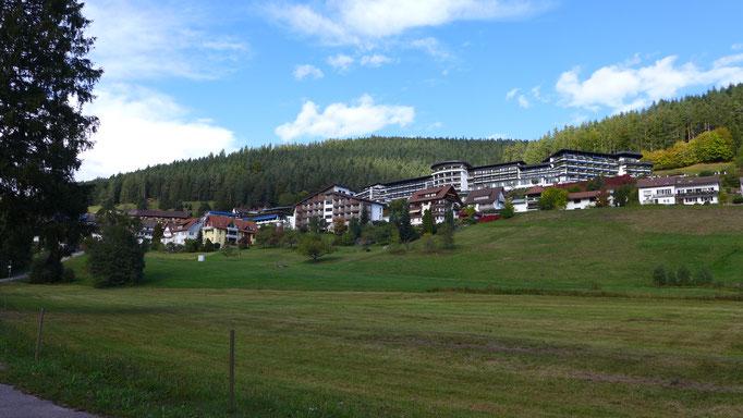 Blick auf das Hotel Traube Tonbach