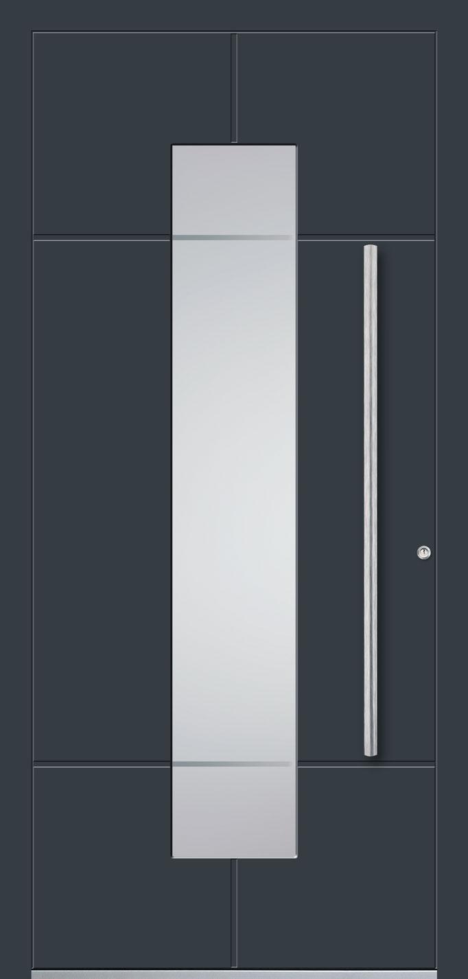 Aluminiumhaustüre mit senkrechtem Lichtausschnitt