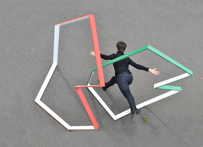 """""""Ragtime"""", 2013, 220x188x80cm, Holz, Acryllack"""