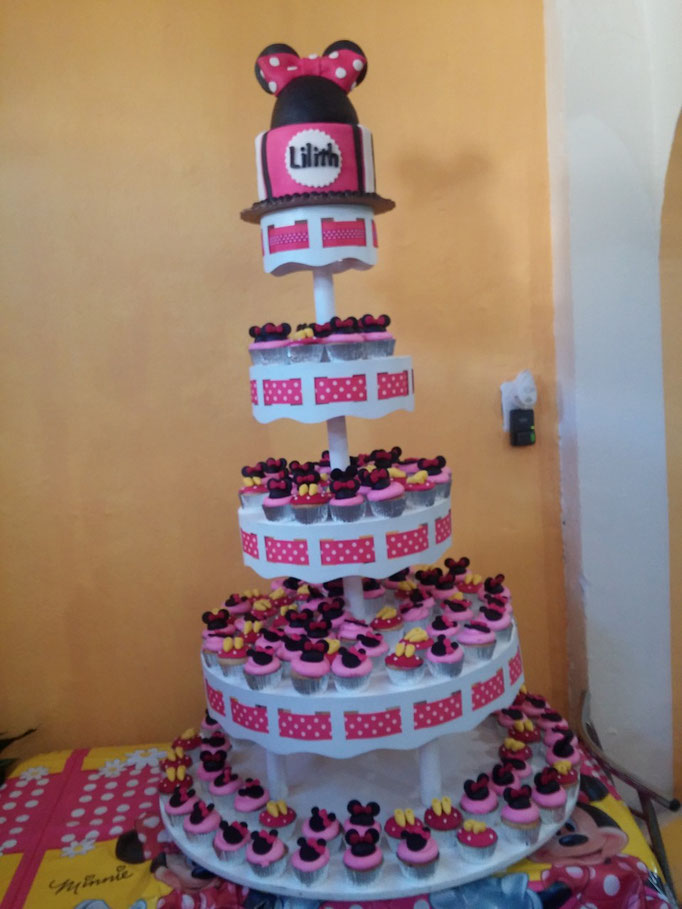 torre de cupcakes minnie