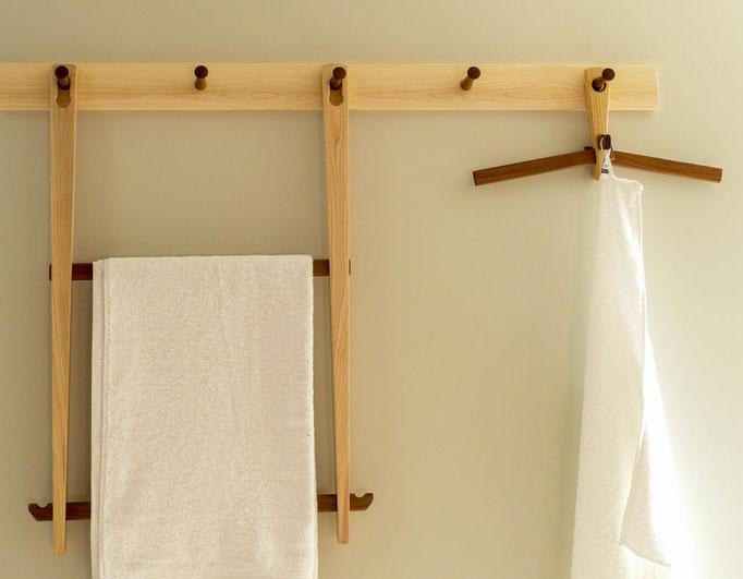 Handtuchhalter und Kleiderbügel