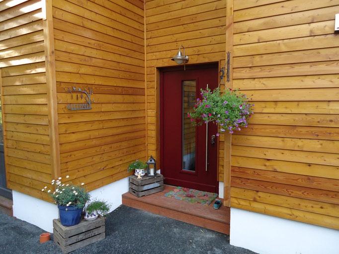 rote Holz Haustür