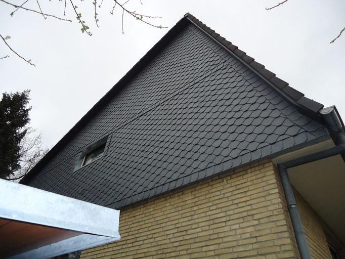 ernergetische Fassadensanierung eines Giebels mit Naturschiefer