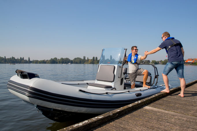 Zodiac PRO 6.5 RIB - Rubberboot Holland Aalsmeer