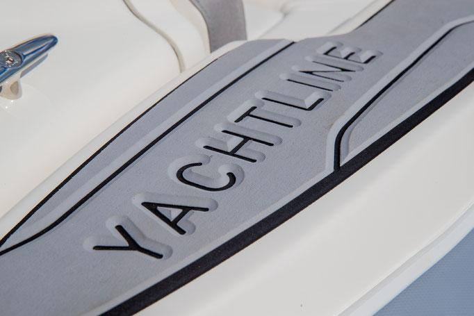 Zodiac Yachtline 440 Deluxe RIB for sale te koop Rubberboot Holland Aalsmeer