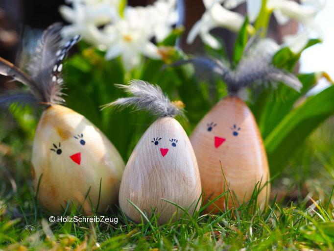 Osterkücken aus Maulbeere, Kastanie und Esche