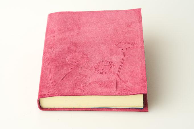 Notizbuch Rindvelourleder mit Blinddruck 13 x 17 cm, 45 Euro