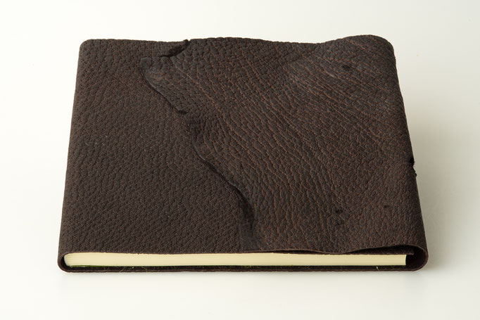 Schreibbuch Wildschwenileder Naturklappe 21 x 21 cm, 80.-