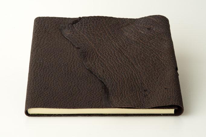 Schreibbuch Wildschweinleder Naturklappe 21 x 21 cm, 80.-