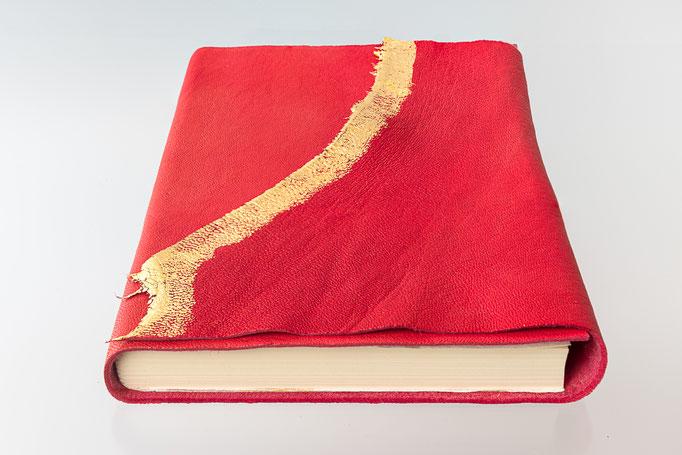 Schreibbuch Pferdeleder Naturklappe vergoldet mit Blattgold, 21 x 24 cm, 95.-