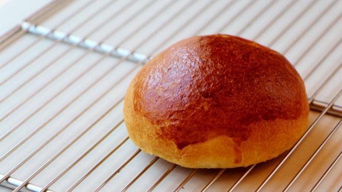 栗のクリームパン