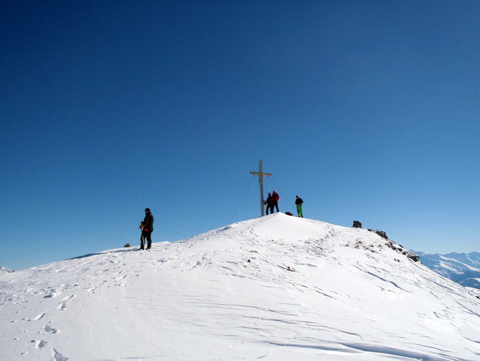 Am Gipfel des Rasaß (2.941 m).