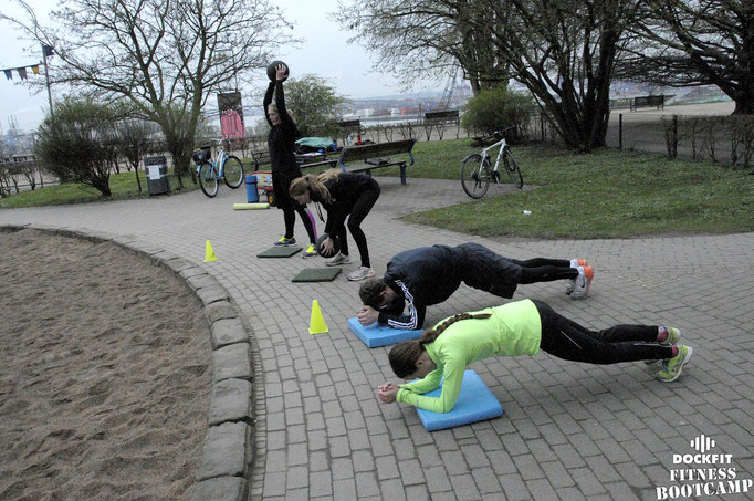 dockfit altona fitness bootcamp hamburg training kirschblüten 08