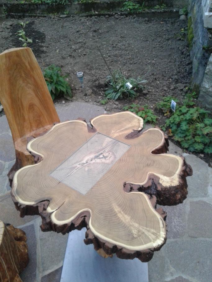 Tischplatte aus Akazienholz inkl. Glaseinlage