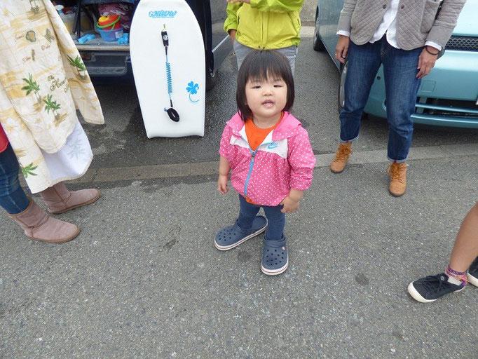 ミニーちゃん♪ 靴がおっきいですよ~