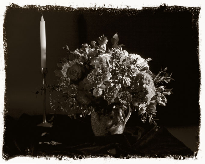 Vanitas 01, monochrome still life of flowers and candle