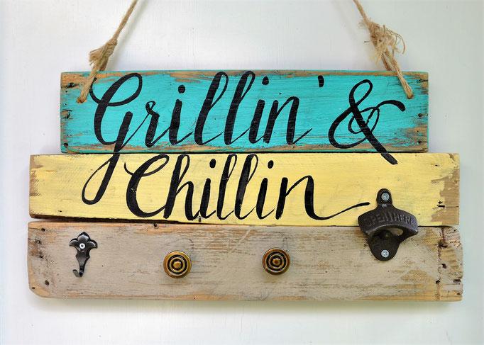 Nr. 1   Grillin & Chillin mit Faschenöffner   ca. 44cm/24cm  Fr. 56.-