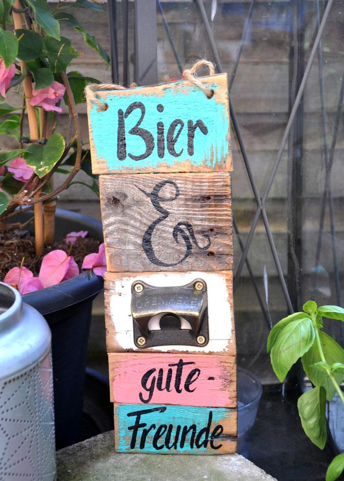 Nr. 10   WFL Bier &  gute Freunde ca. 12/32cm  Fr. 42.-