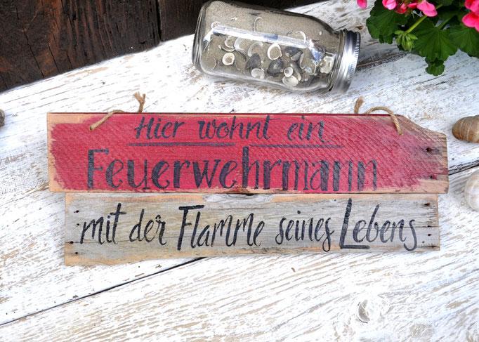 Feuerwehrmann Nr. 4     ca. 41cm/15cm  Fr. 39.-