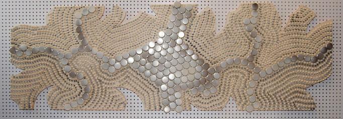 173 wary steps (2013) - 150 x 53 cm - Acryl, Metall-Gleiter und Lack auf Spanplatte