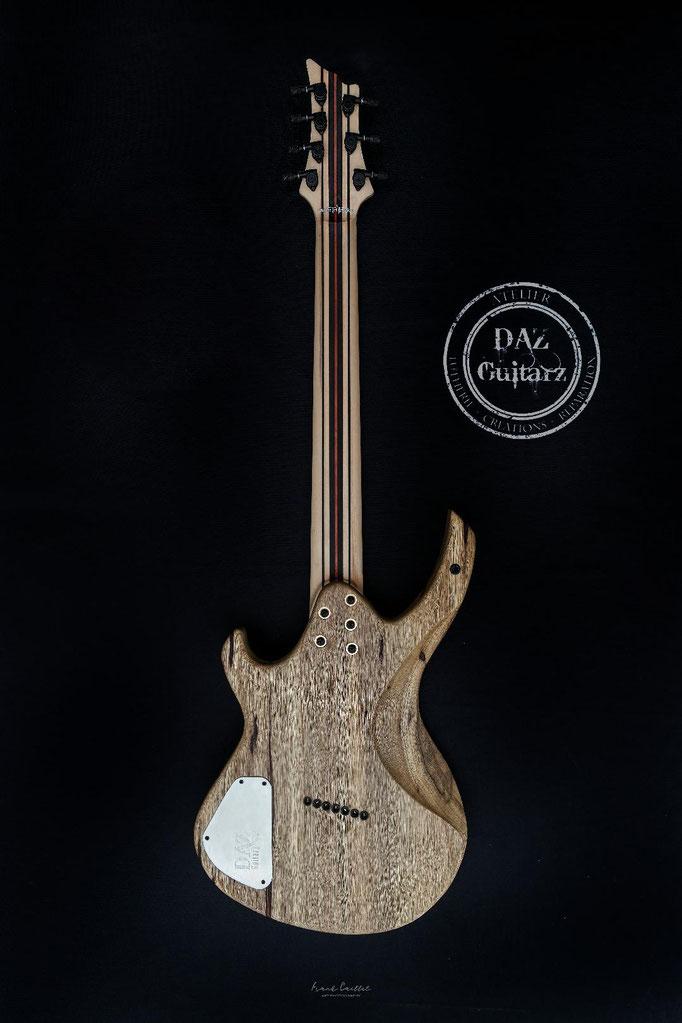 Création guitare JH-7 vue de dos