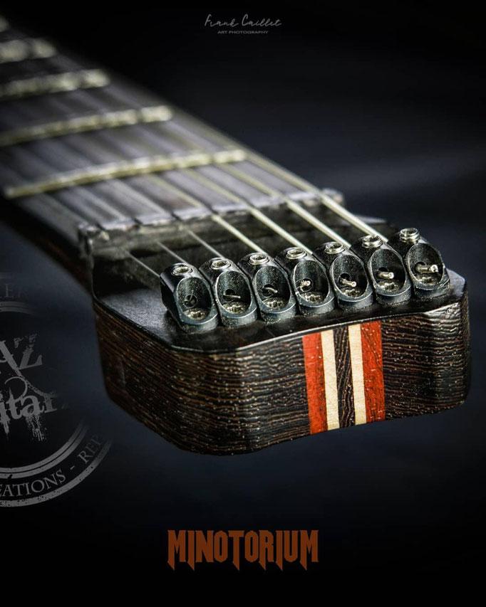 Minotorium guitare headless