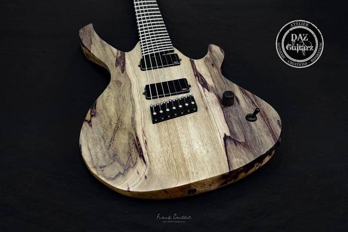 Création guitare JH-7 vue du corps