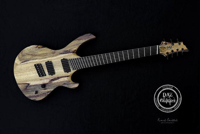 Création guitare JH-7 de face