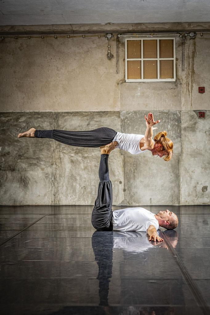 wuren Akro Yoga Bekleidung
